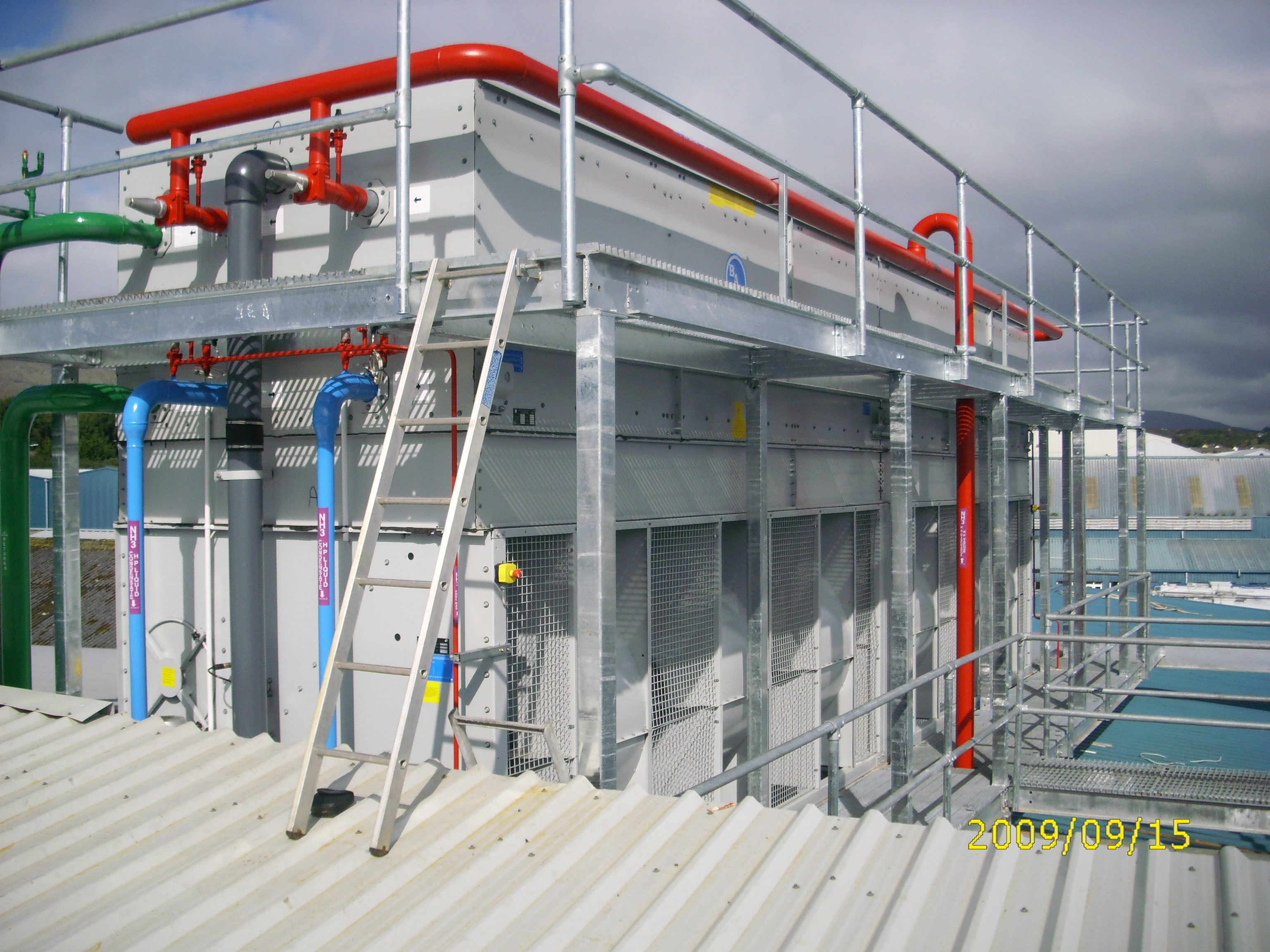 Evaporative Cooling Tower : Evaporative condensers cooling towers mycold